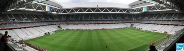 Premiers pas au Grand Stade _ _16_