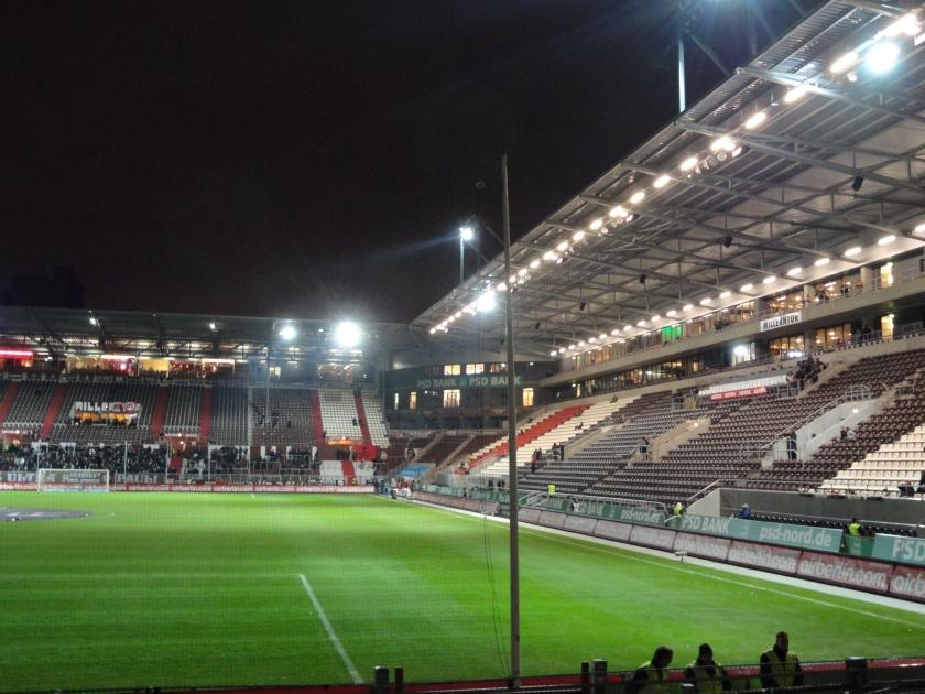 Millerntor-Stadion-SW