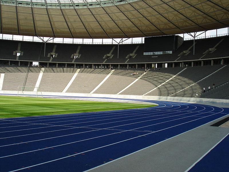 800px-Berlin_Olympiastadion_nach_Umbau_3
