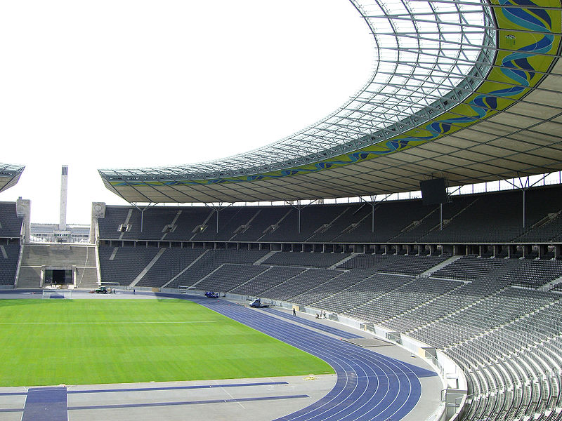 800px-Olympic_stadium_northern_tribune