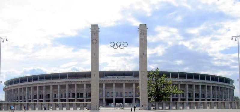 Berlin_Olympiastadion_aussen