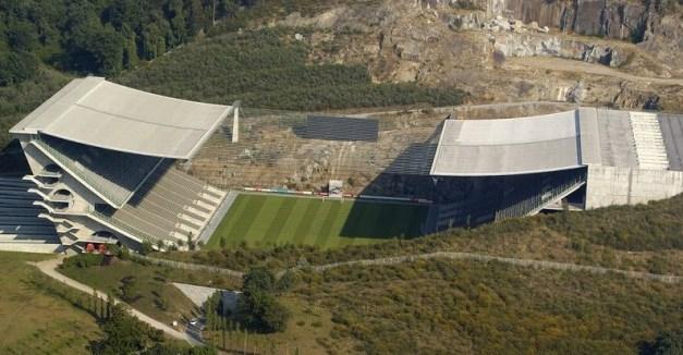 soutomoura-estadio1