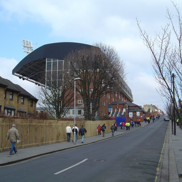 Selhurst_Park,_Holmesdale_Road_Stand_-_geograph.org.uk_-_138710