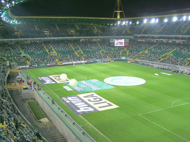 800px-Estádio_Sporting_interior