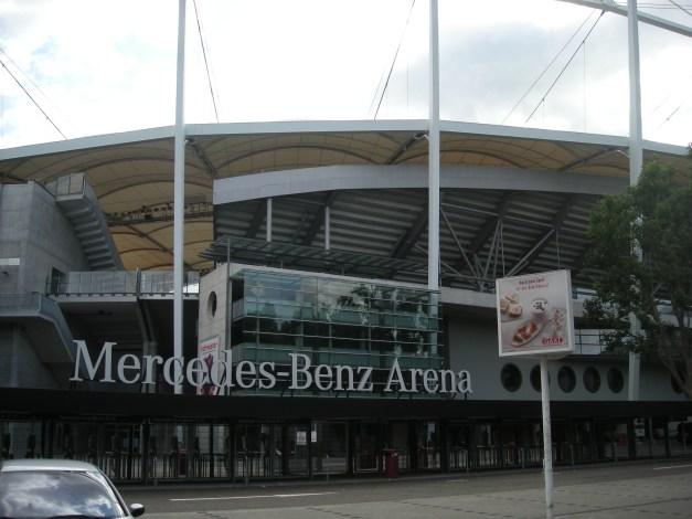Stuttgart_Jul_2012_05_(Mercedes-Benz_Arena)