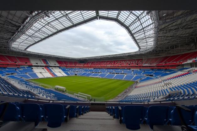 Parc Olympique Lyonnais 25515919524_e0a82e44ed_b