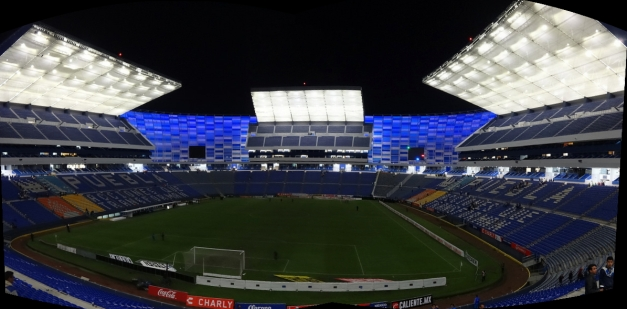 PUEBLA - Estadio Cuauhtémoc (52,600) - Pano 1