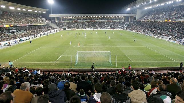 estadio-municipal-arcangel-cordoba-644x362