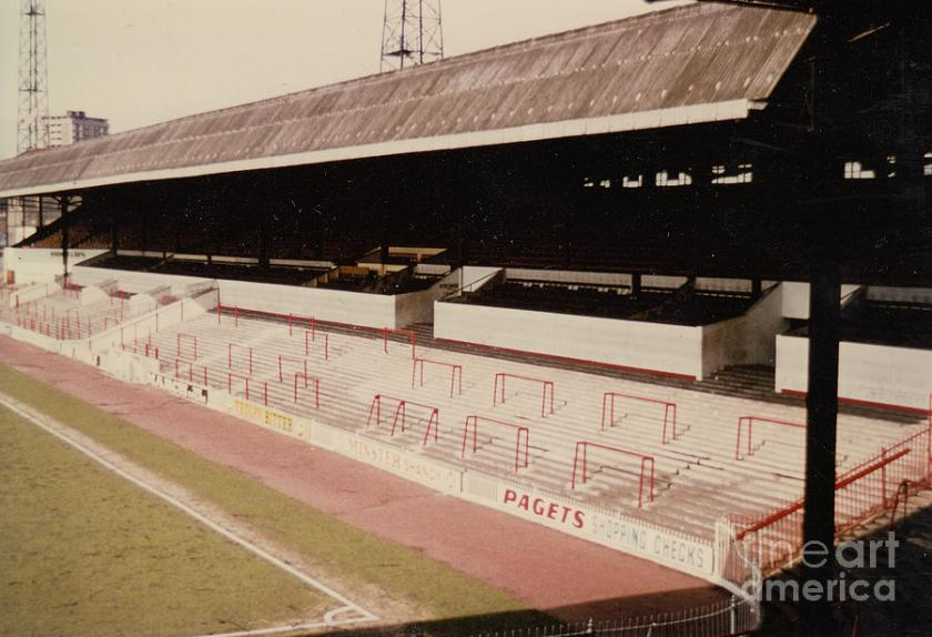 sheffield-united-bramall-lane-john-street-stand-2-1970s-legendary-football-grounds