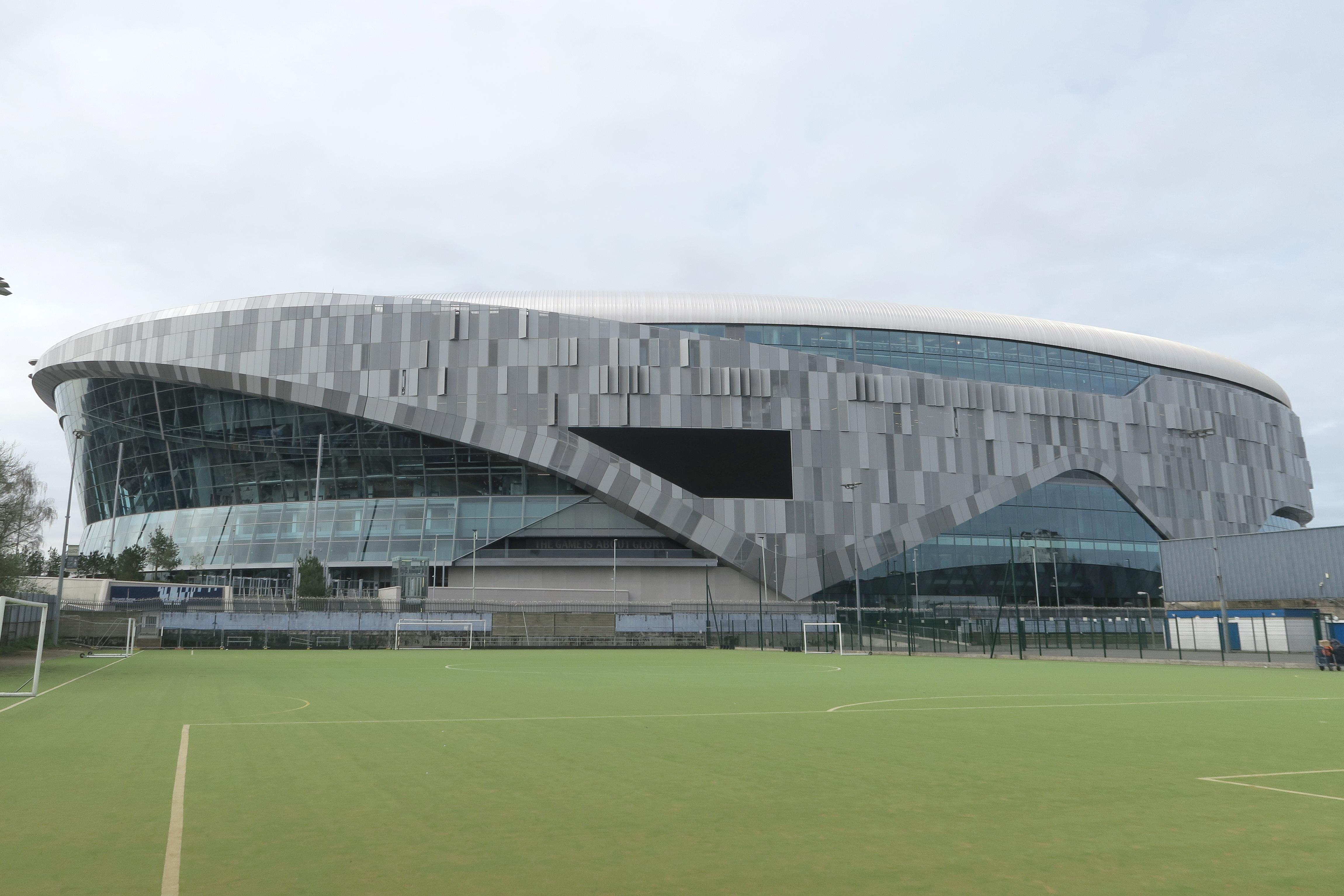 Tottenham_Hotspur_Stadium_March_2019_-_view_from_east